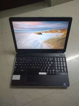 Dell Core i7 Laptop Like new in Conditions