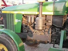 Tractor jhon deere for rent