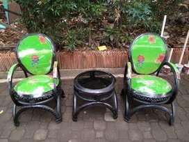kursi daur ulang ban bekas bukan jati ato plastik ato kayu