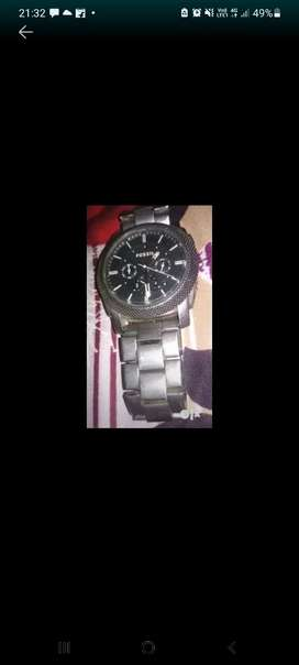 Watch fossil just 2000