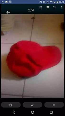 Topi merah jreng polos