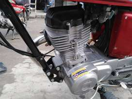 Honda 125  good condetion  every thing ok just buy and  ride