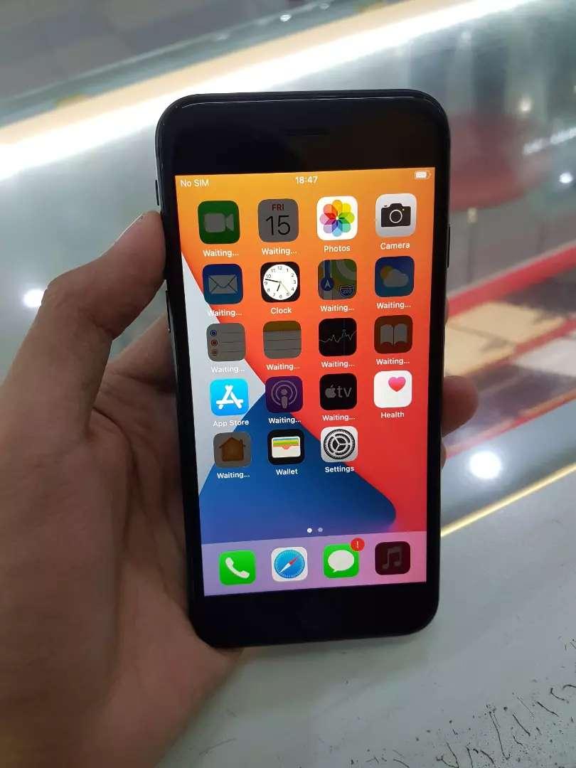 Iphone 8 256gb grey liknew 0
