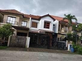 Rumah Lokasi strategis di Puri Cinere