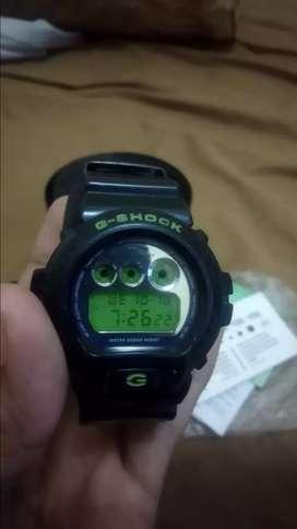 Jam tangan G-shock Casio DW-6900SB