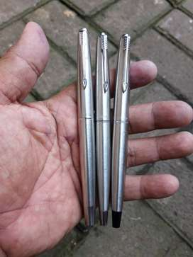 set of 3 fountain pen flighter parker 45 stainless dari era berbeda