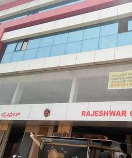 Office for rent 3200sqft  unfurnished ready to move