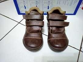 Sepatu Anak Yongki Junior Tanpa Dus