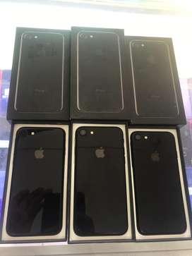 iphone 7-32gb Jett Black Bill box chrgr-Shubham Telecom Seoni