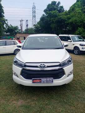 Toyota INNOVA CRYSTA 2.4 VX Manual, 2018, Diesel