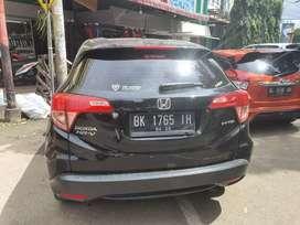 Honda HRV 2015(hitam)
