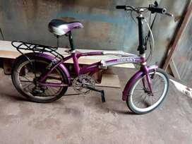 Sepeda lipat merk odesi