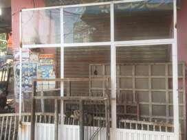 Shop gate with mirror