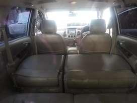 Toyota innova G 2.0 2012