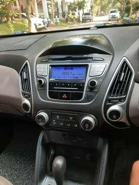 Jual mobil Hyundai Tucson thn 2012