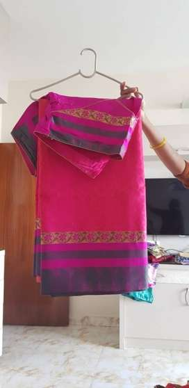 Pink And zari paloo saree