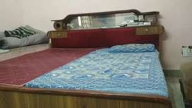 Fully furnished flat on sharing basis