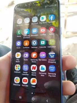 Samsung j6 good condinson