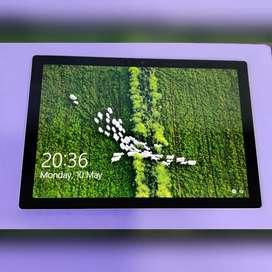 Microsoft Surface Pro 4  6th Gen/ i5 ( 8GbRam / 256Gb SSD )- Silver