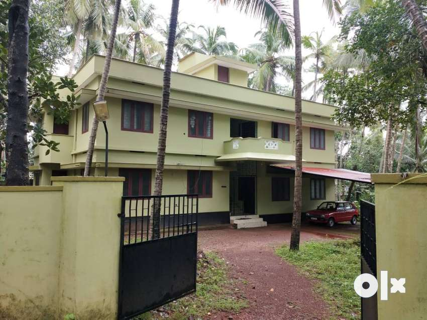 FURNISHED 2 BED ROOM FLAT AT ERANHIKKAL- Near Pooladikunnu Bypass 0
