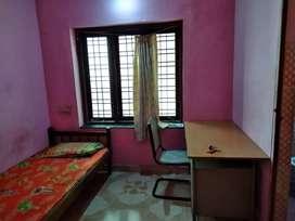 Single bath attached rooms for rent at Kesavadasapuram jn.