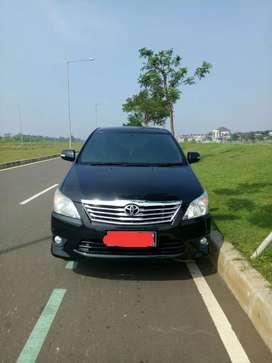 Toyota Grand Innova V 2.0 A/T 2012