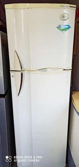 Electrolux (model:- Kelvinetor) double door refrigerator (270 litres)