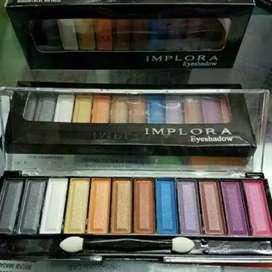 Eyeshadow implora 12 warna