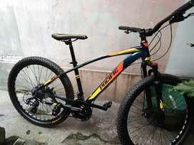 Sepeda MTB Pacific Crosser