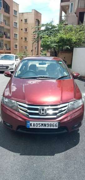 Honda City 1.5 V Manual Exclusive, 2013, Petrol