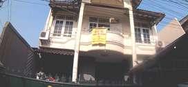 Dijual Rumah 2 lantai (bebas banjir)