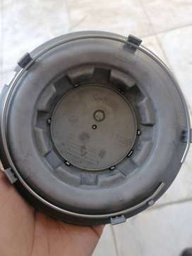 Mercedes wheel cap. For sale just one wheel cap