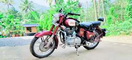 Well maintained classic 350 by Royal enfield
