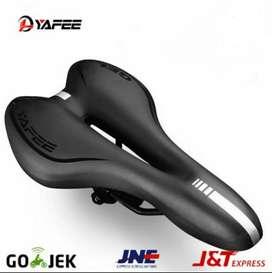 Jok Sedel Sadel Saddle Seddle Sepeda Lipat MTB Roadbike Gel Empuk