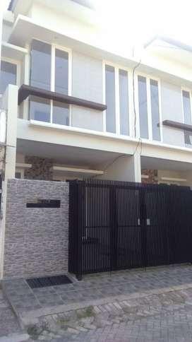 Rumah Minimalis Sutorejo