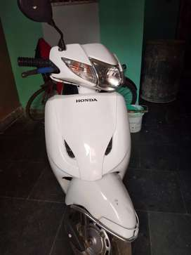 I went to sell my honda activa good condition