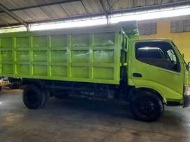 Truk Dump Jumbo Hino Dutro 130HD thn 2015.