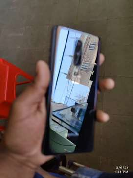 OnePlus 8 colour black 4 months old
