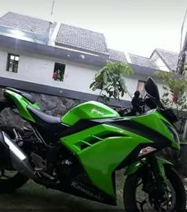 Dijual cepat Kawasaki ninja 250