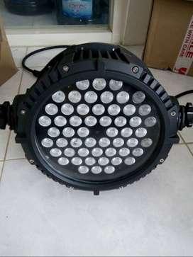 LAMPU PAR LED LIGHT WATERPROOF RGBW 54X3 WATT (untuk outdoor anti air)