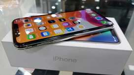 Apple iphone X 256GB Going  lowest at just 40900
