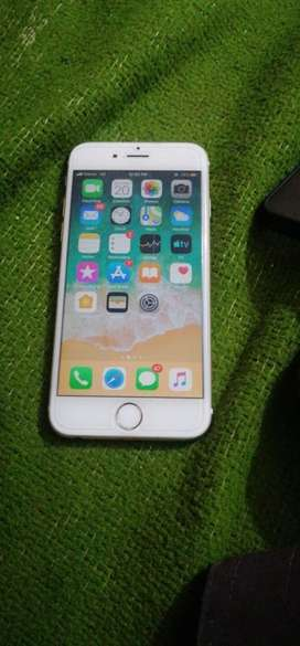 Iphone 6 is for sale 10/10 with its led 64gb