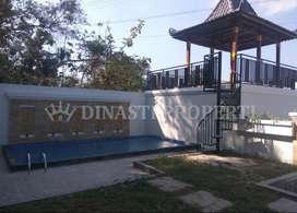 Adem, Guesthouse Eksotis Berswimming Pool di Kasihan, Bangunjiwo