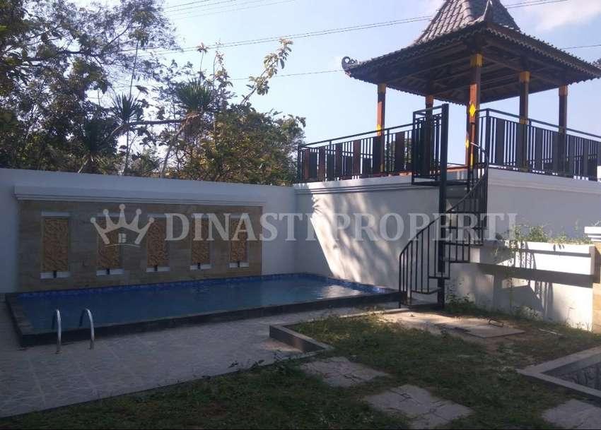 Adem, Guesthouse Eksotis Berswimming Pool di Kasihan, Bangunjiwo 0