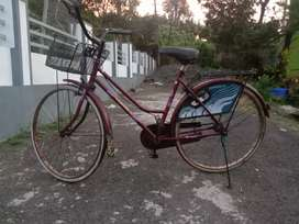Lady barid cycle sale good condtion bsa