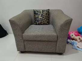 Dijual sofa,,baru 6 bulan pakai,,masih bagus...