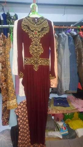 Dress kekinian wanita merah maron murah