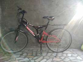 brand new bicycle sell new tyire