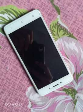 Oppo a37 1 year used well condition only little crack