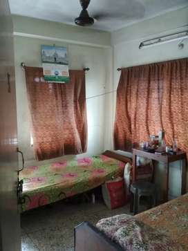 PG for Male Available Near Phulbagan Metro Station